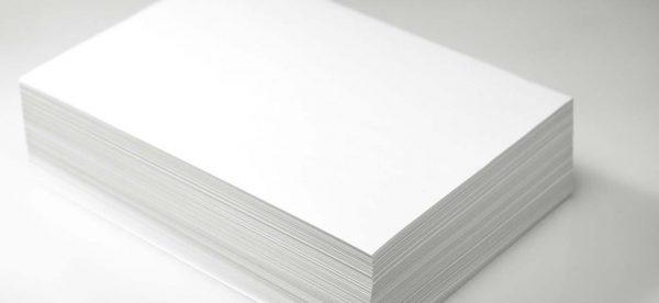 Giấy couche là loại giấy có bề mặt trắng, mịn.