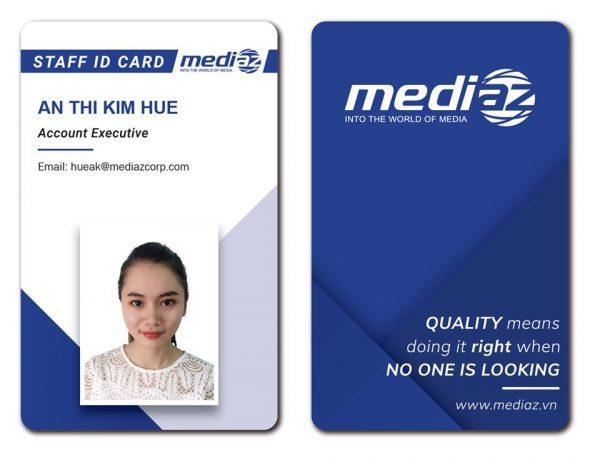 Thẻ nhân viên được in offset 4 màu trên nhựa PVC chất lượng